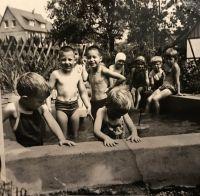 1960_Springbrunnen-am-Haus